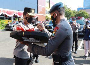 Gunakan Mobil Operasional Untuk Melayani Masyarakat Dengan Baik Begini Pesan Kapolda Jatim....