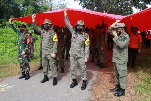 Napak Tilas Dan Kibarkan Bendera Merah Putih Raksasa, Awali Latgab Sar Di Madiun